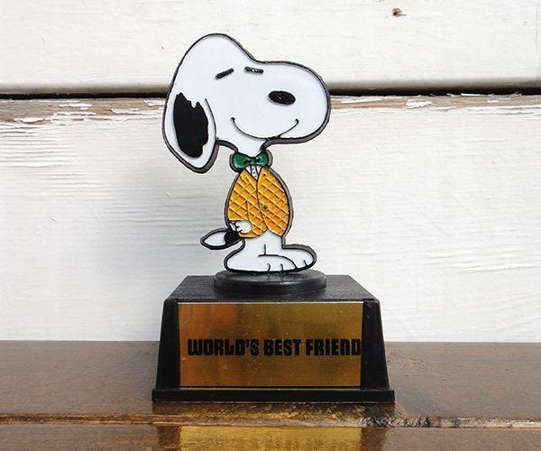 70 s vintage aviva snoopy message trophy world s best friend